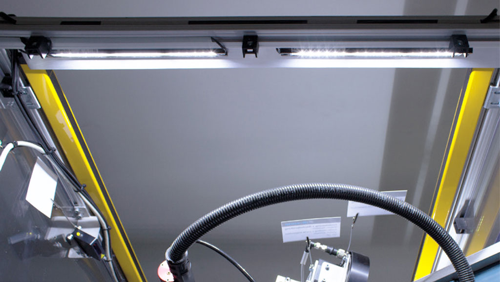 Iluminacion_industrial_Iluminacion-maquina